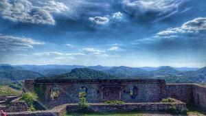 Burg Lindelbrunn – Wandern in der wunderschönen Pfalz