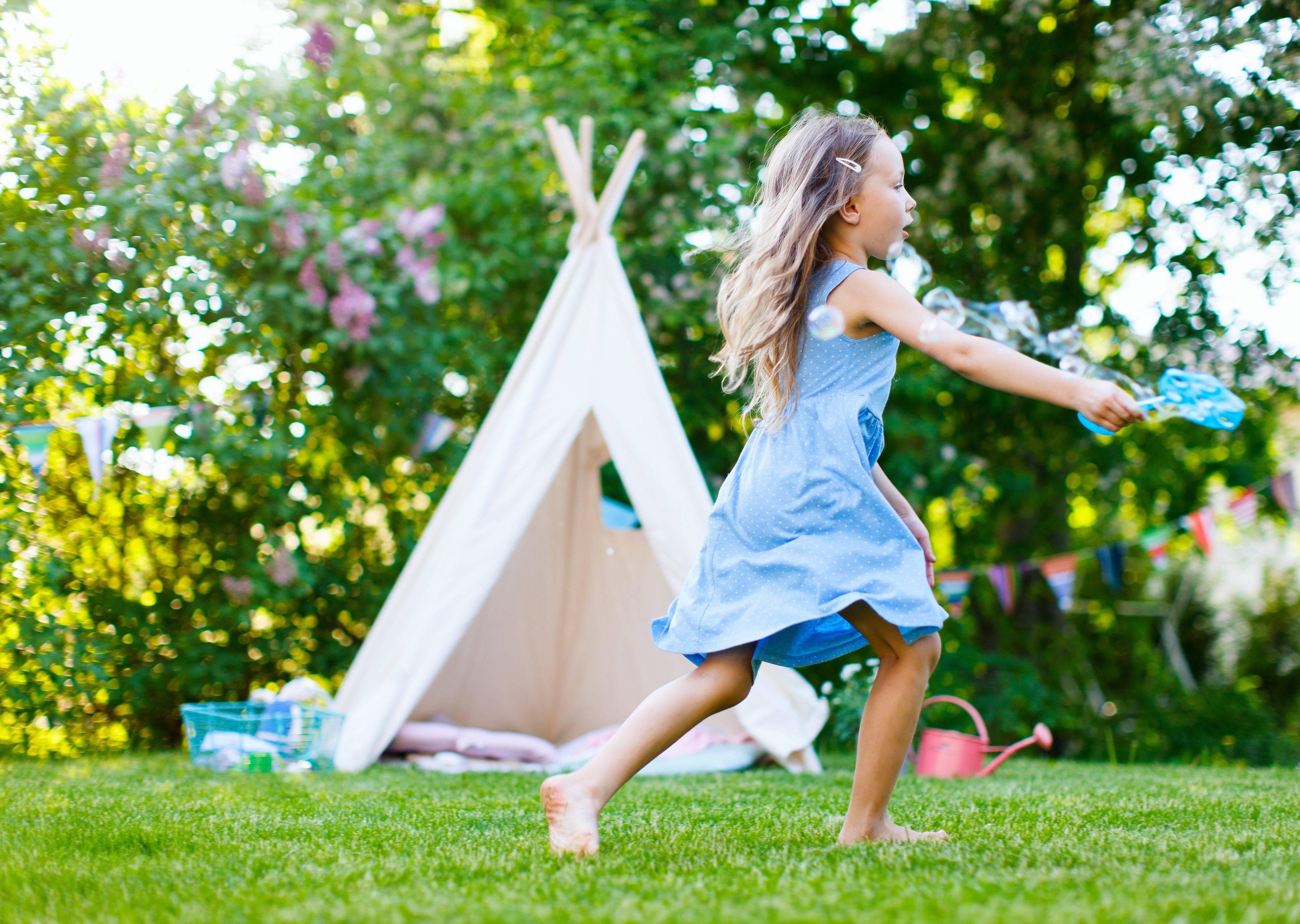 Urlaub daheim mit Kindern – die 33 besten Tipps für Ferien zuhause