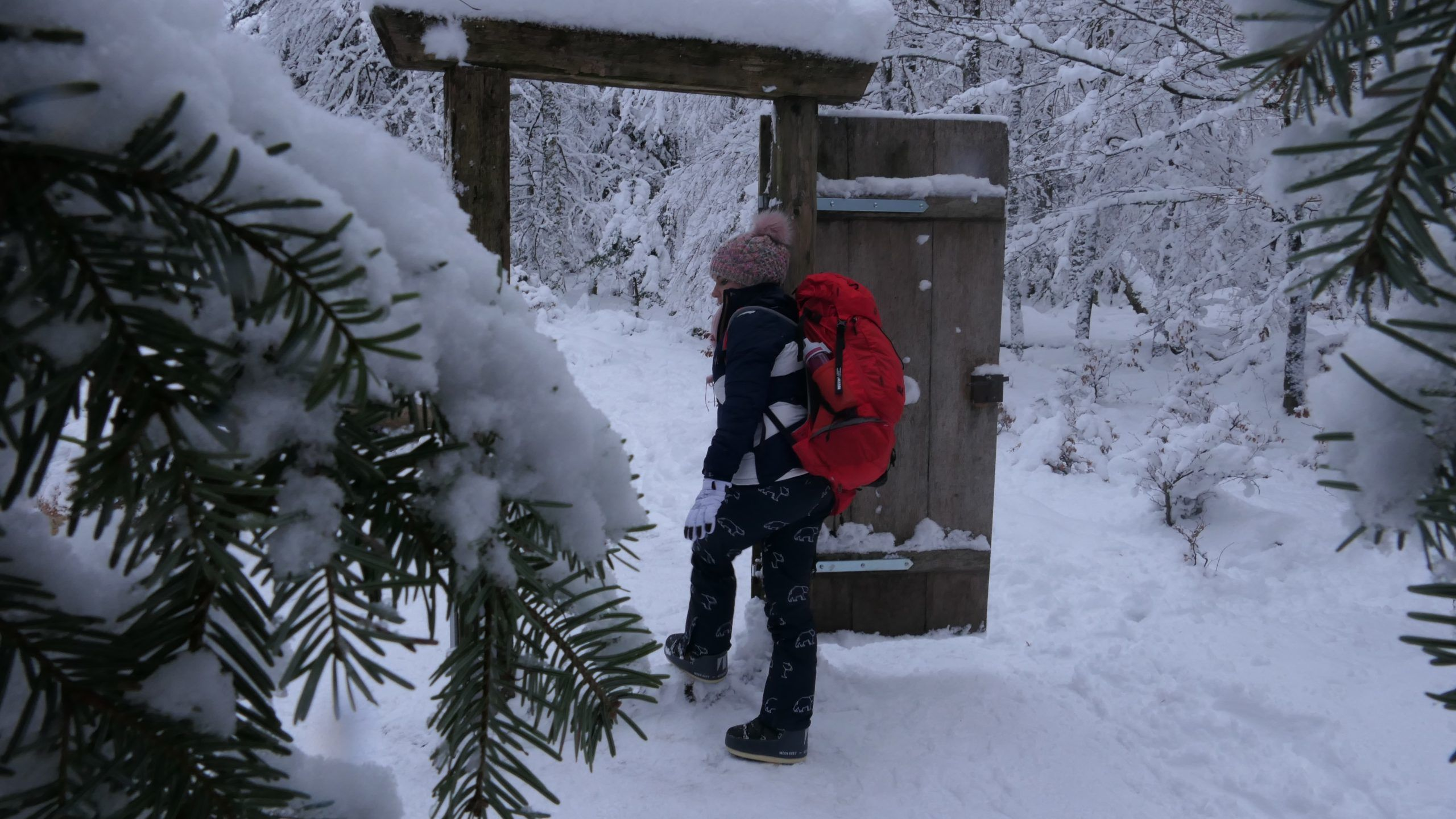 Die perfekte Packliste zum Rodeln & Wandern mit Kindern im Winter