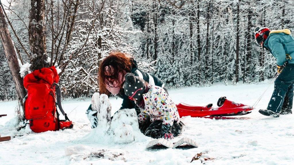 Iglu Kinder Winter