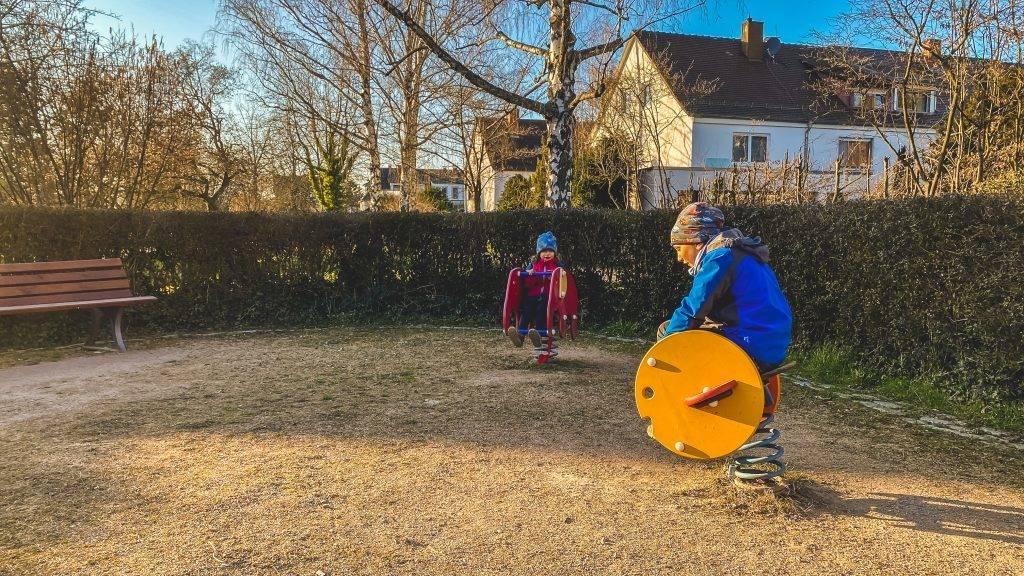 Federwippe Spielplatz Ettlingen