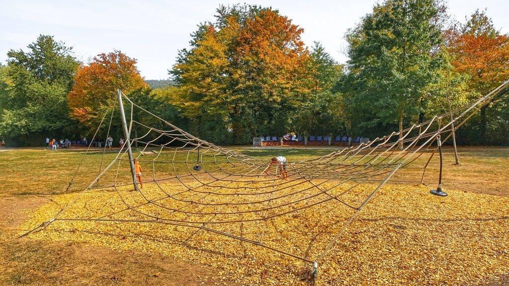 Kletternetz Spielplatz Ettlingen