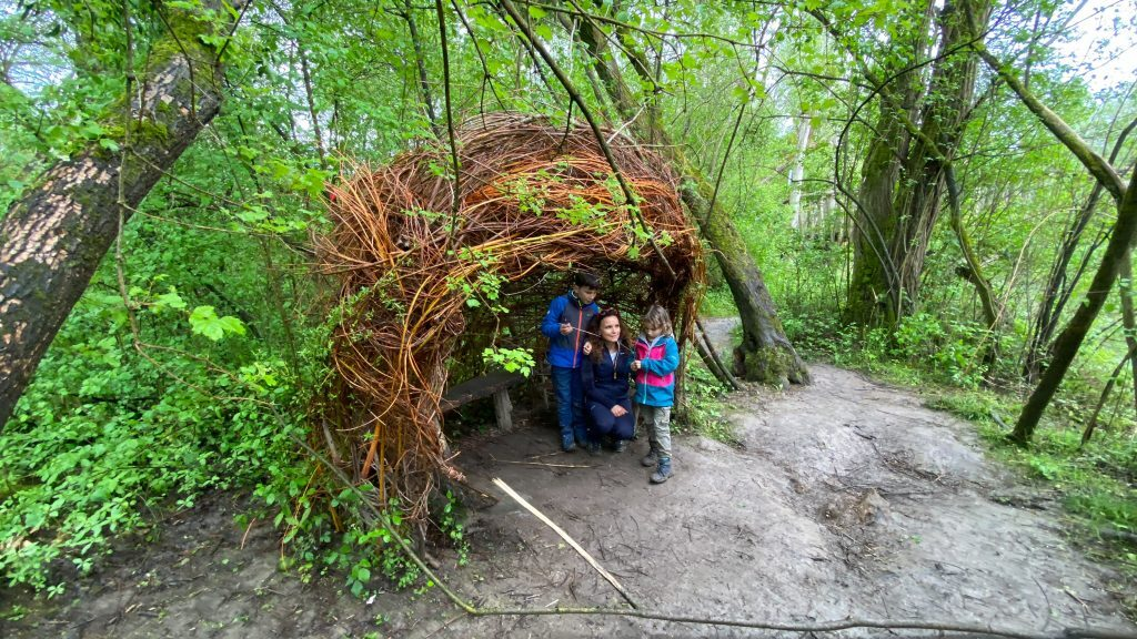 Holzunterstand Auen-Wildnispfad Neuried