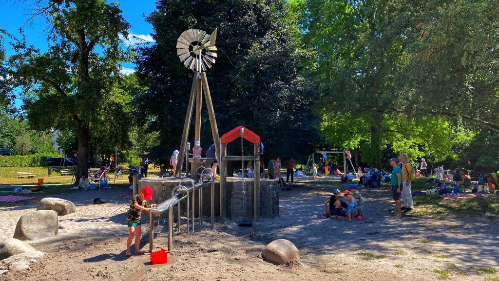Karlsruhe Wasserspielplatz Dammerstock