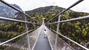 Großer Abenteuerausflug mit den Kindern auf der Burgruine Ehrenberg & der Highline179 Hängebrücke in Tirol